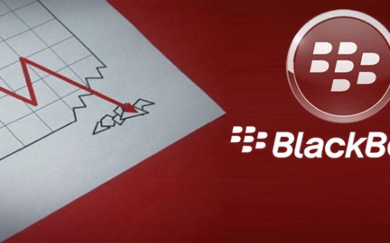 BlackBerry reduce perdidas, pero sigue en numeros rojos