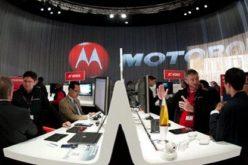 Motorola inaugura stands propios en centros comerciales