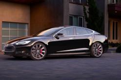 Tesla lanzará nueva versión del piloto automático