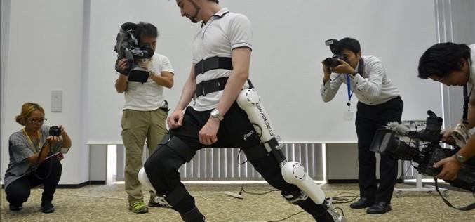 Aprueban uso de armazón robótico para ayudar a pacientes a caminar en Japón