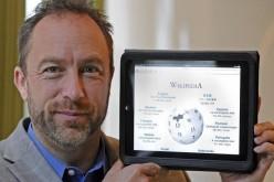 """El padre de Wikipedia quiere """"hacer un mundo mejor"""""""