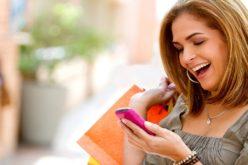 Descubre cómo hacer feliz a una mamá que compra desde su smartphone