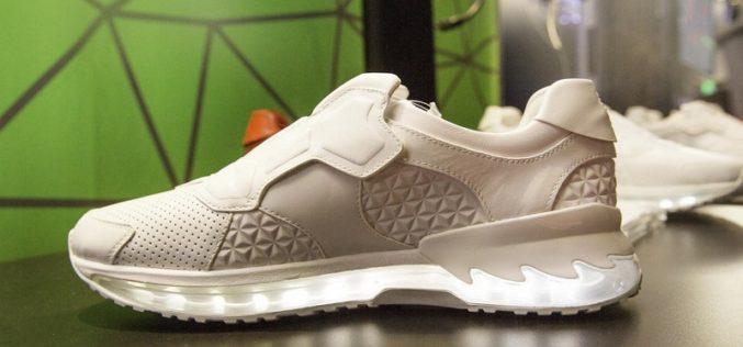 Las zapatillas inteligentes de Lenovo