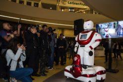 RobotMan, el robot vigilante llega a Perú