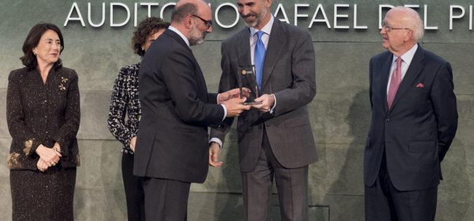 Indra galardonada como empresa solidaria en los premios Codespa