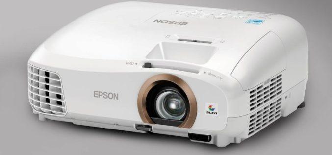 Epson lleva el cine al hogar en 3D y alta definición este verano