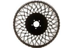 Goodyear desarrolla tecnología de neumáticos sin aire para cortadoras de césped