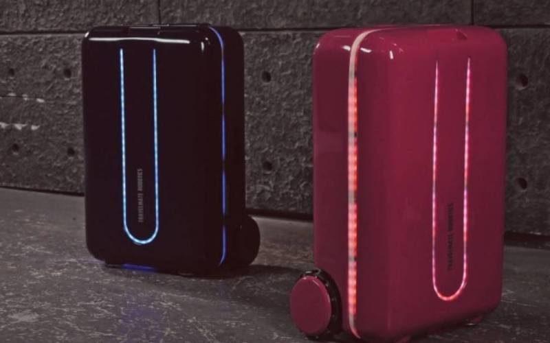 """Presentan una """"maleta robot"""" para ayudar a los viajeros con el equipaje"""