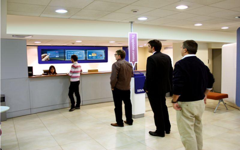 La tecnología transforma la forma como los bancos se comunican con sus clientes