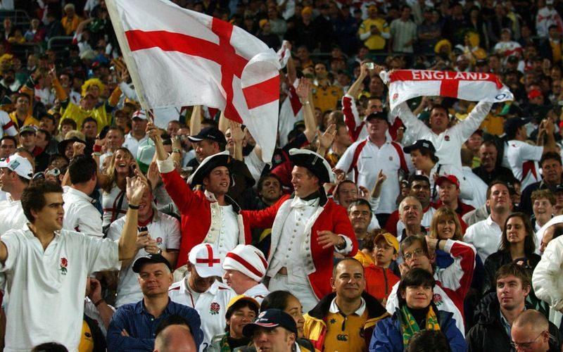 Fanáticos ingleses falsificaron Fan ID para viajar a Rusia