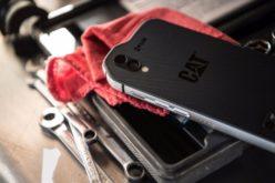 CAT vuelve con el teléfono más resistente del mercado